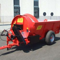 Vaschieri L35 Organic Fertilizer Spreader