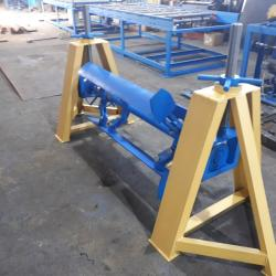 Self-Lifting Roll Decoiler